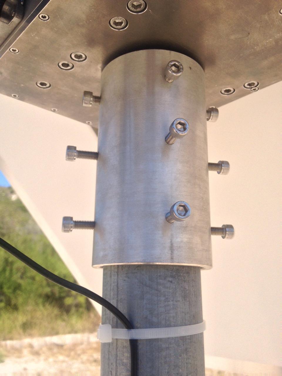 H1 Heliostat - post mount detail